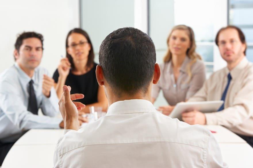 En combien d'étapes se joue une consultation du CSE ?