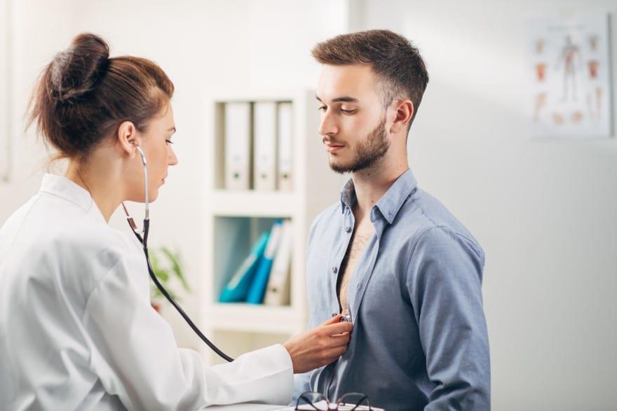 Qui effectue la visite médicale de reprise ?